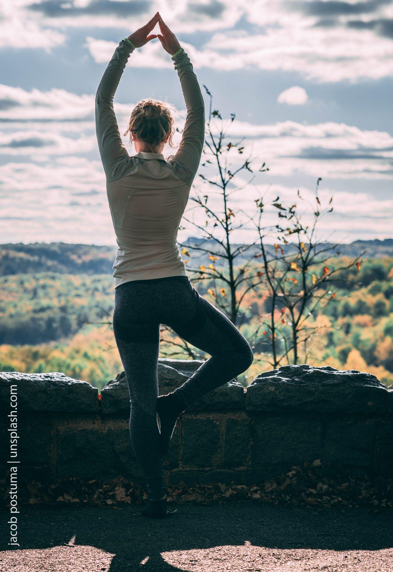 Yogahaltung Baum - Vrksasana